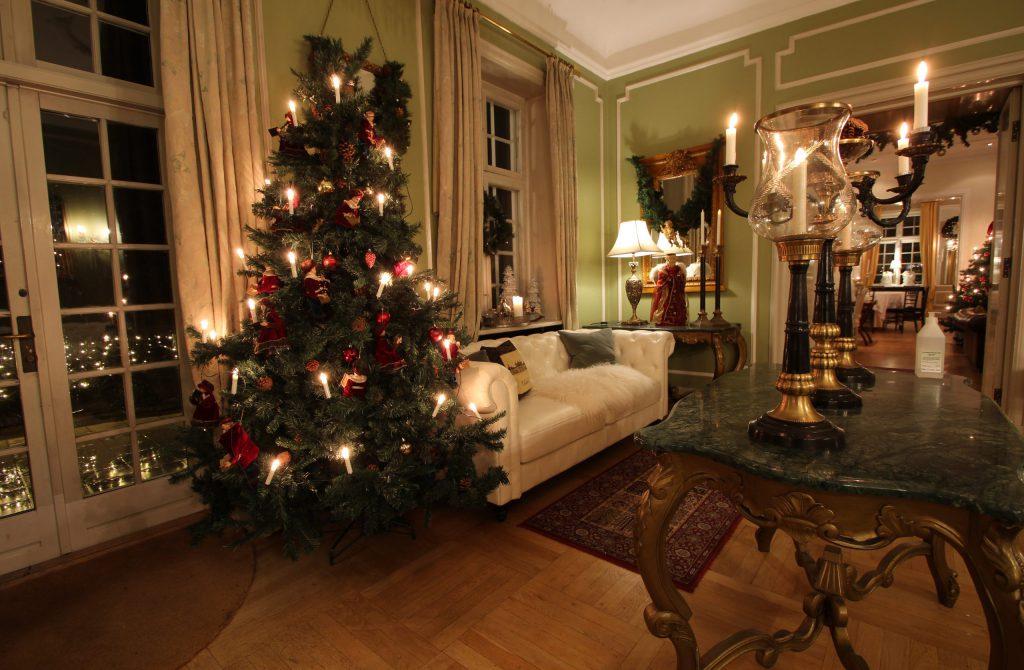 Sauntehus Slotshotel Jul