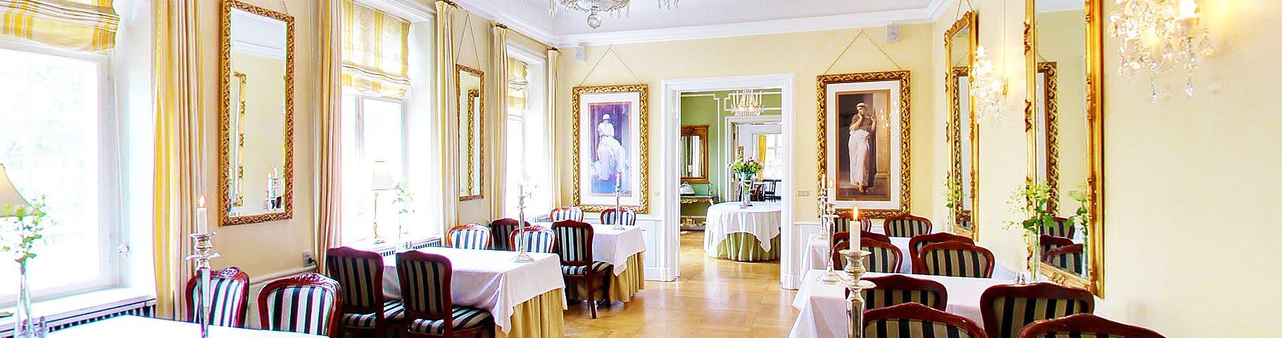 small restaurant1